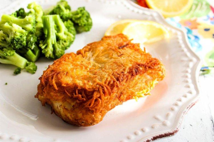 Пържена риба с картофена коричка