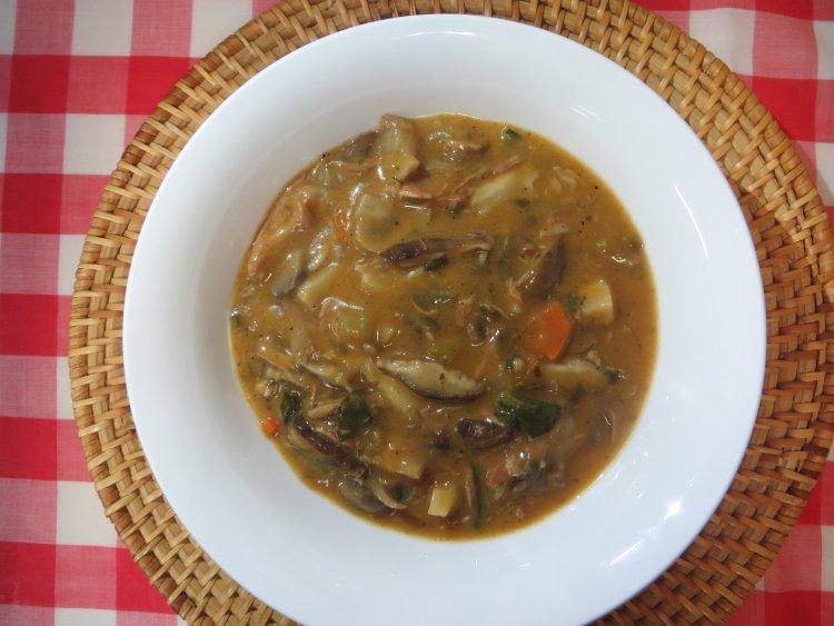 Свинска супа